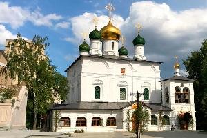 Сретенский монастырь — история, святыни и как добраться