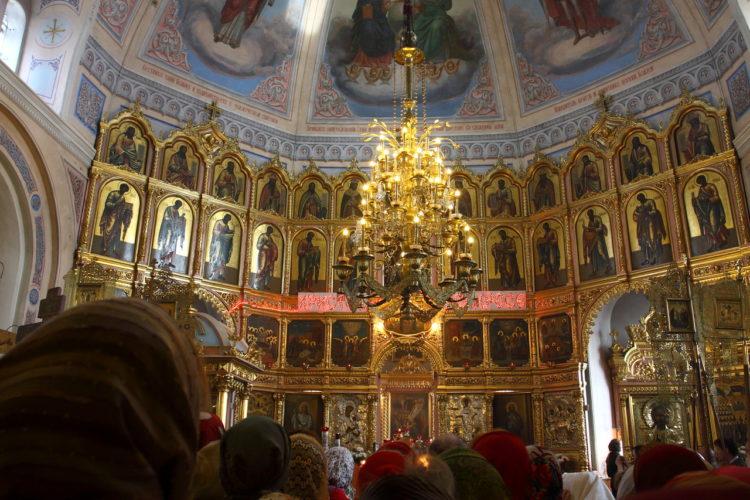 Храм Покрова Пресвятой Богородицы внутри