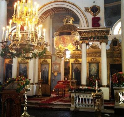 Храм Всех Скорбящих Радость на Ордынке иконостас