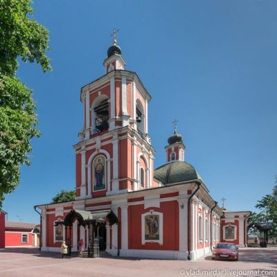 Храм Знамения на Рижской
