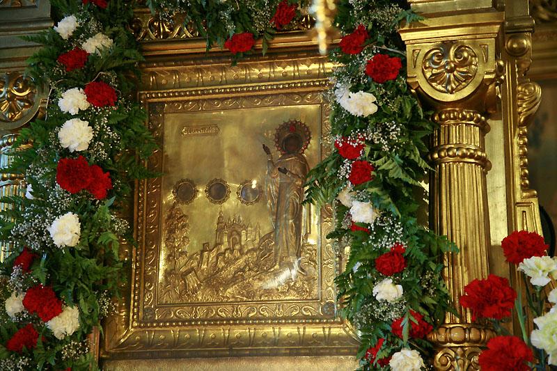 Храм Знамения на Рижской икона Трифона