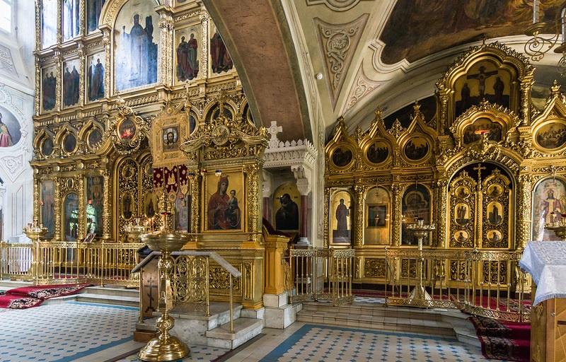 Храм Знамения на Рижской внутри