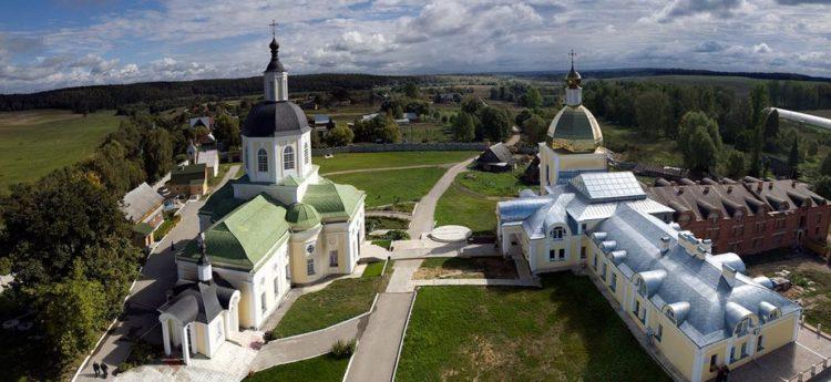 Монастырь в Тульской области
