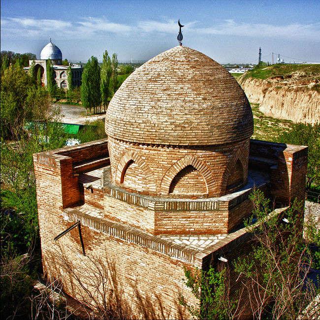 Обитель святых. Поселок Сайрам