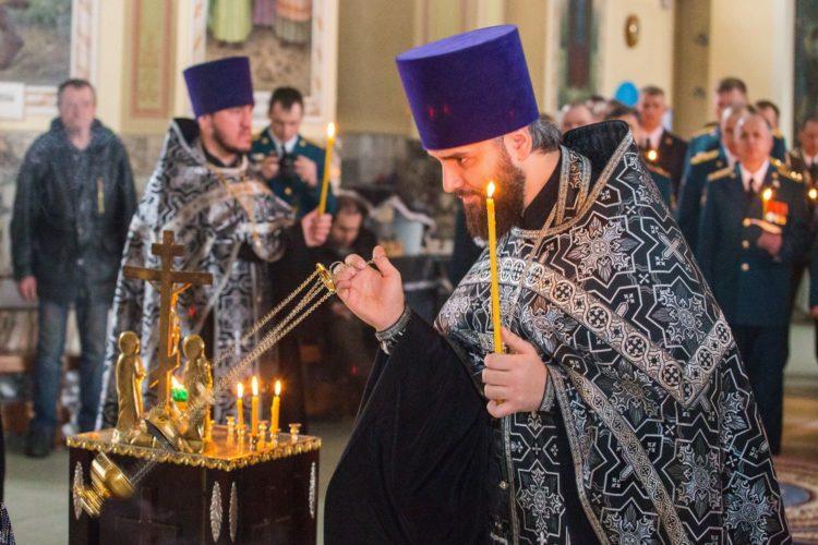 Панихида в православной церкви